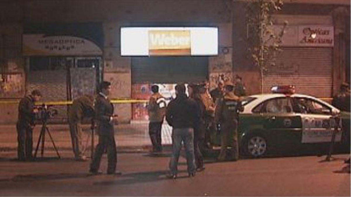 Empleado de óptica queda herido a bala al resistir asalto en el centro de la capital