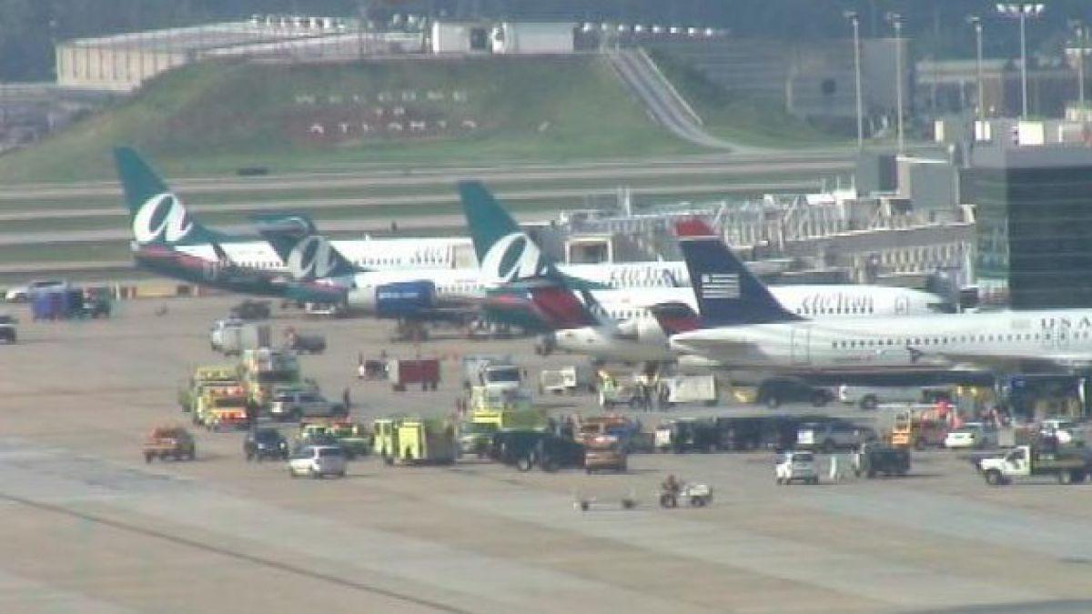 Explosión en aeropuerto de Atlanta obligó a evacuar a pasajeros