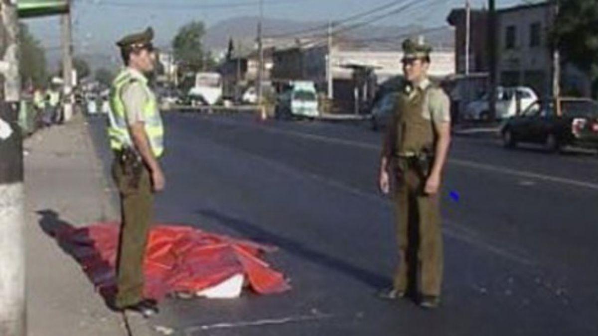 Motociclista muere al chocar con camión en Pudahuel