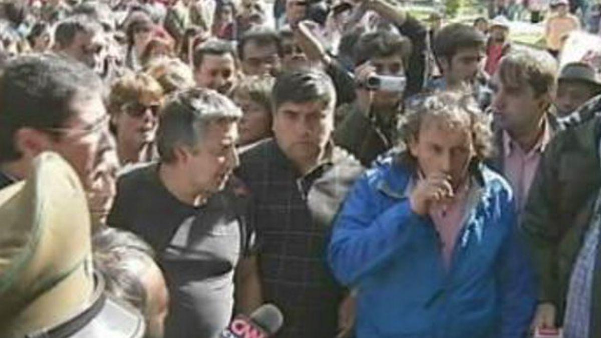Carabineros lamenta violencia en Aysén e informa que manifestaciones han dejado 80 policías heridos
