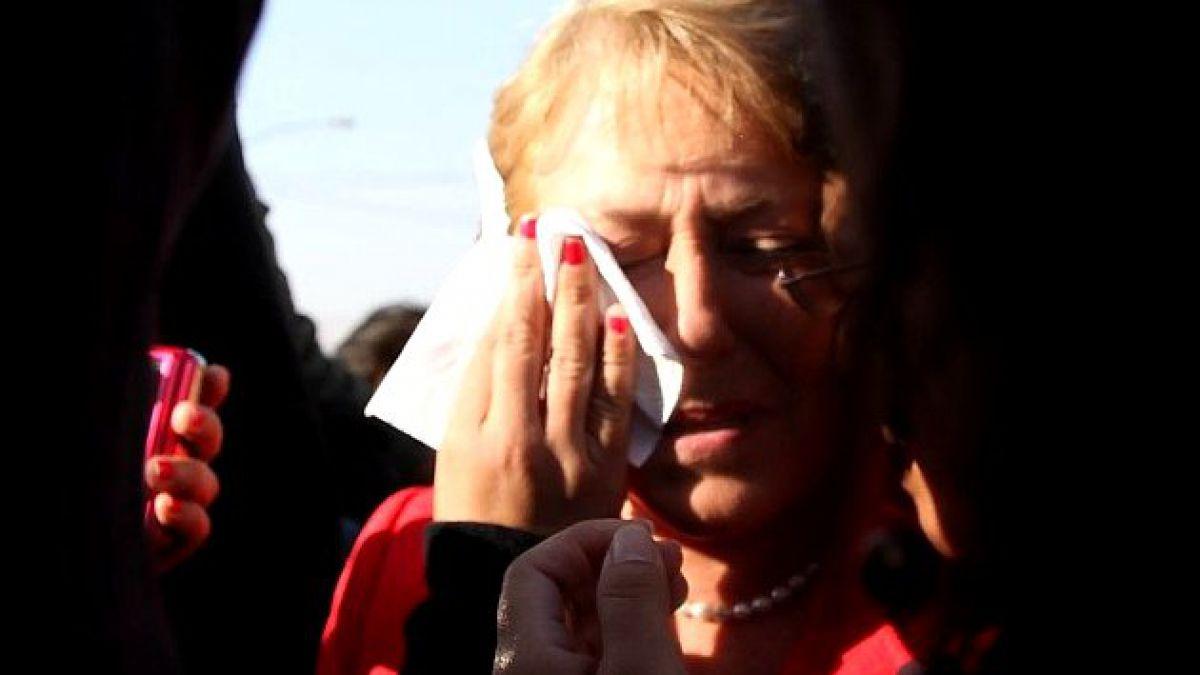 Hombre fue detenido tras escupir a Michelle Bachelet
