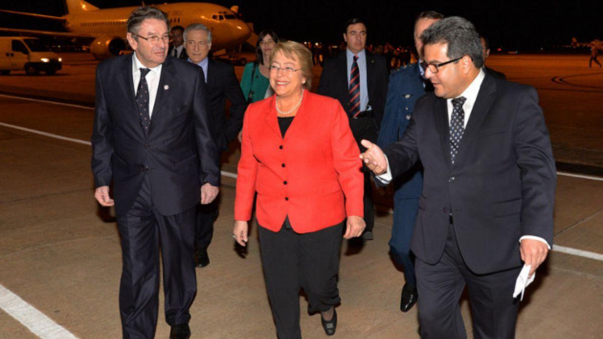 """Michelle Bachelet ya llegó a Brasil para presenciar debut de la """"Roja"""""""