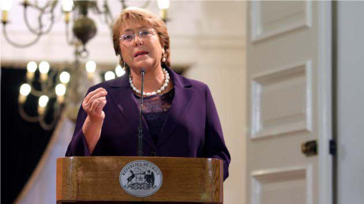Presidenta Bachelet firma proyecto de bono marzo permanente