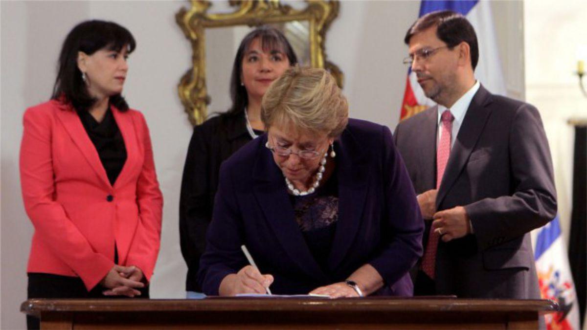 Cómo avanzan las 50 medidas anunciadas por Bachelet para los primeros 100 días