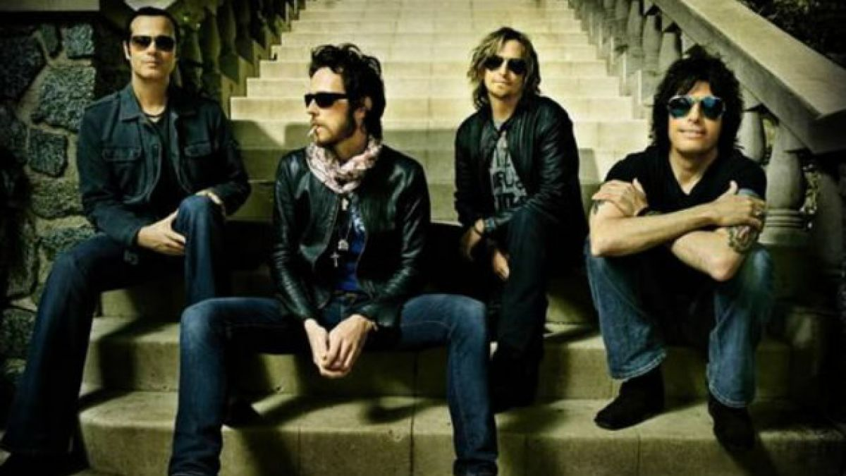 Stone Temple Pilots despide a su vocalista