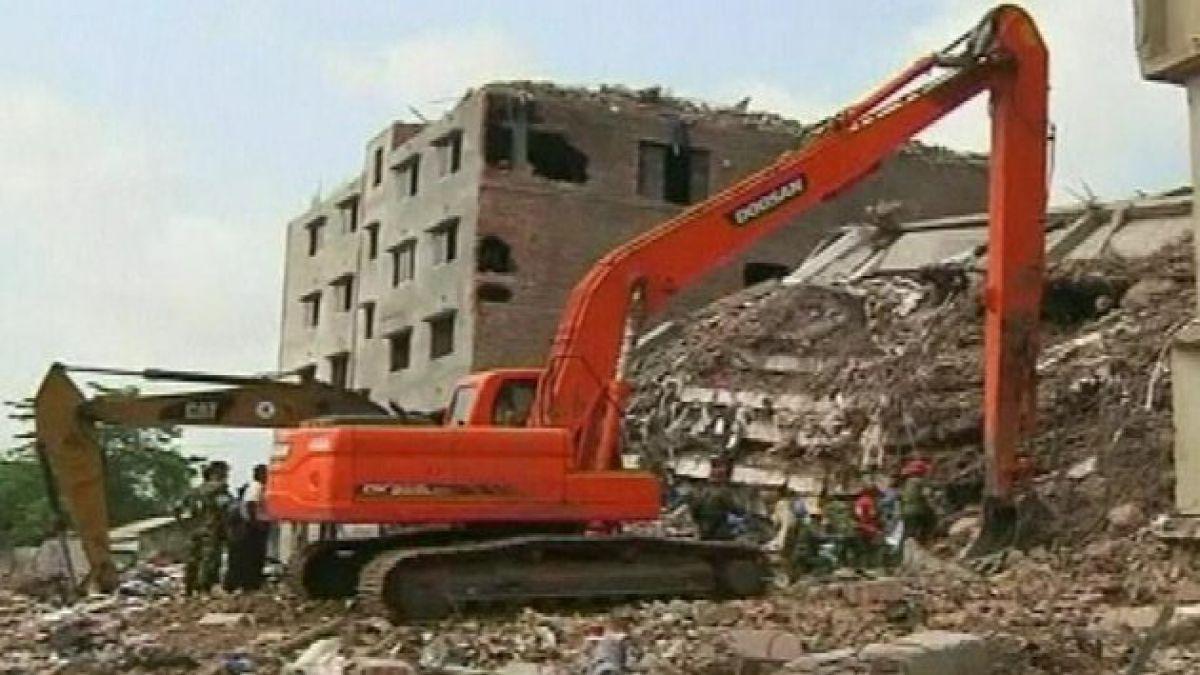 Derrumbe de edificio en Bangladesh deja más de 500 muertos