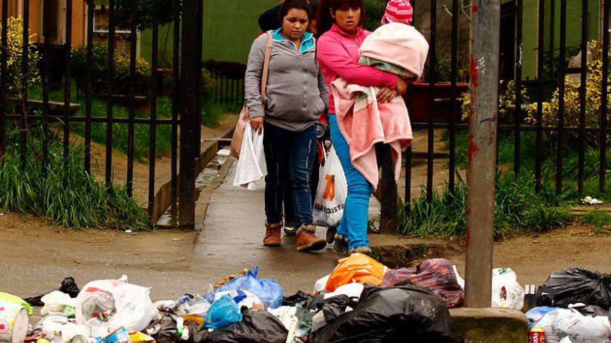 Levantan sumarios contra ocho comunas de RM por acopio ilegal de basura