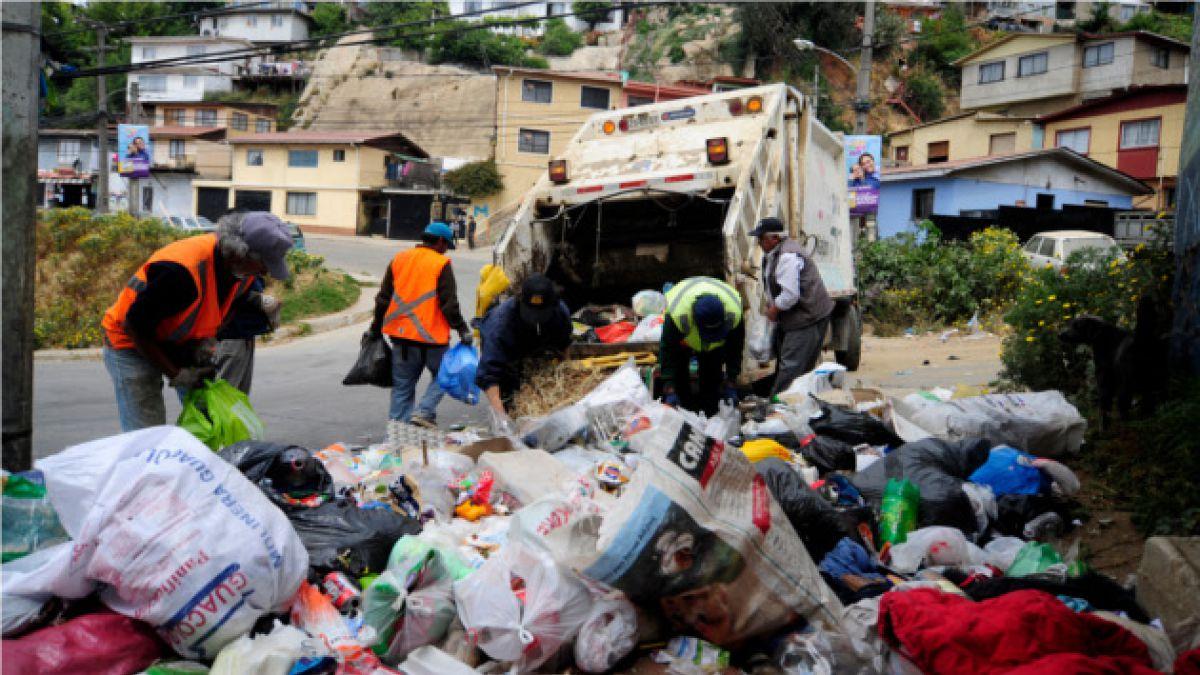 Valparaíso: Recolectores anuncian cese indefinido de turnos éticos