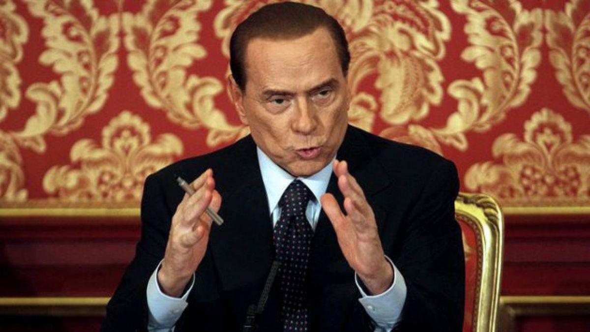 Berlusconi es condenado a un año de cárcel por escuchas telefónicas