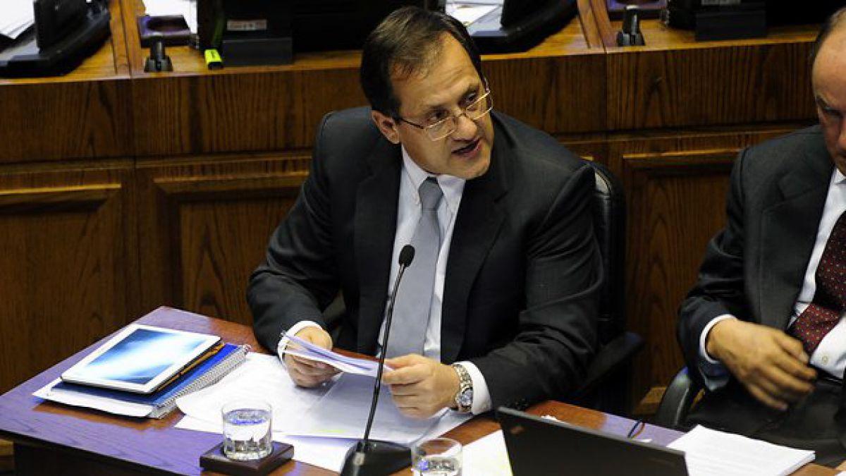 Ministro Beyer dijo que Provoste no merecía destitución y él tampoco