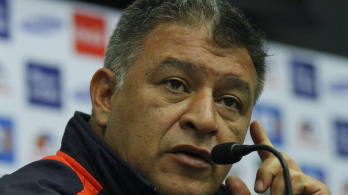 """Claudio Borghi confirma que se queda al mando de la """"Roja"""""""