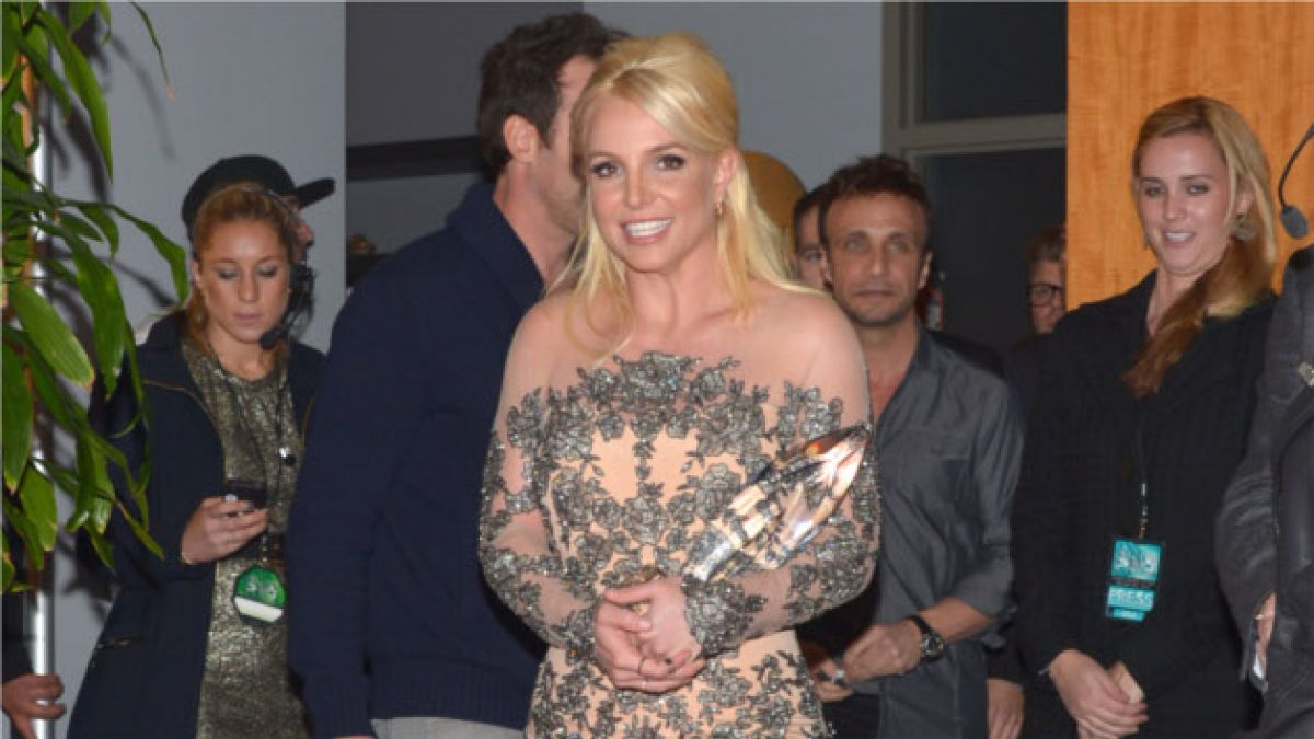 Britney Spears muestra radical cambio de look