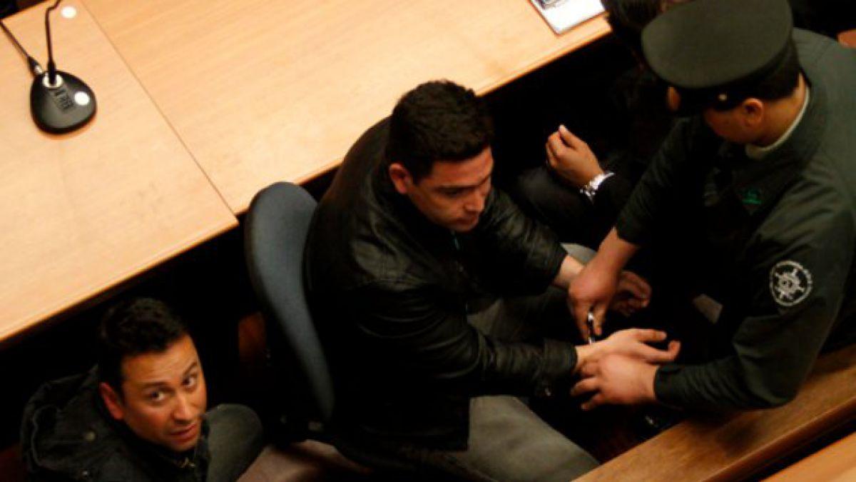 Carabineros acusados de corrupción quedan en prisión preventiva