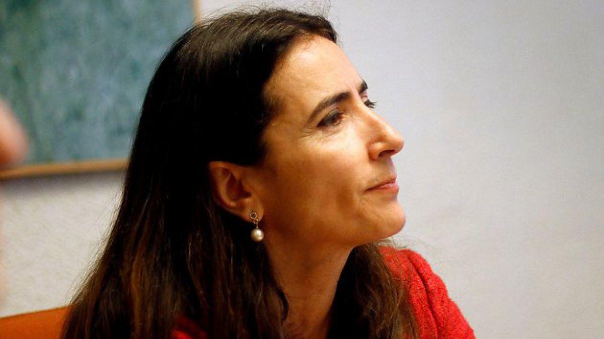 Ministra Schmidt reitera críticas a ranking de notas y pide corrección