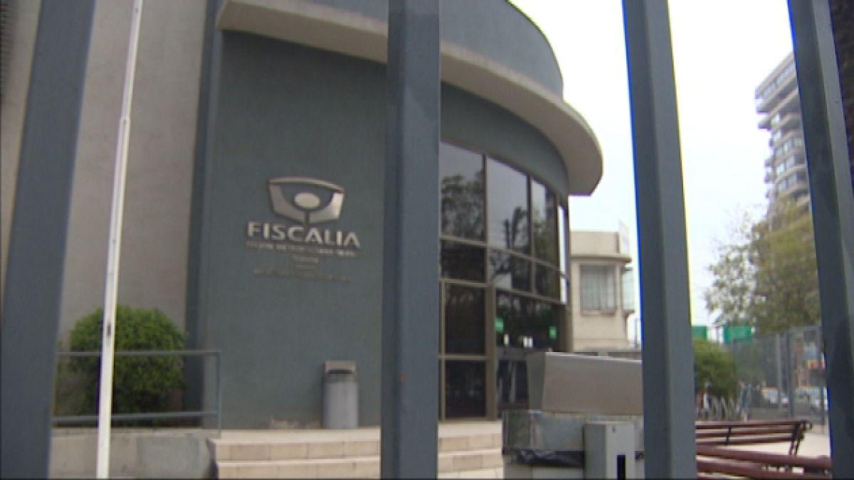 Carlos Eugenio Lavín se presenta ante Fiscalía para declarar por Caso Penta