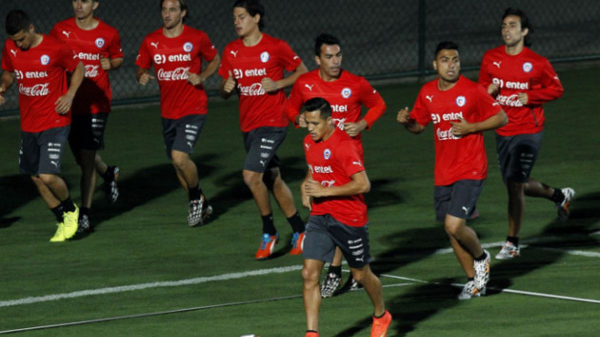 """Esta es la formación de la """"Roja"""" en su debut en el Mundial"""