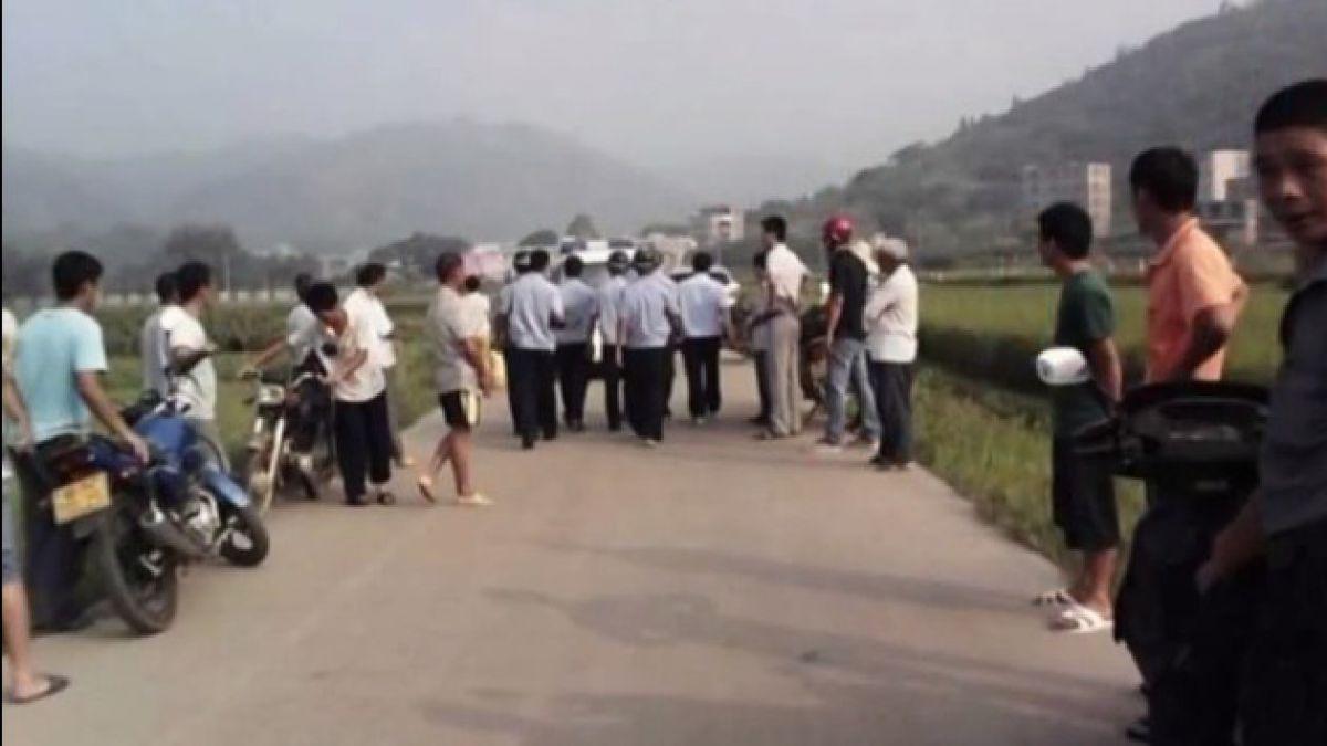 Tragedia en China: Hombre asesina a cuatro niños en plena calle