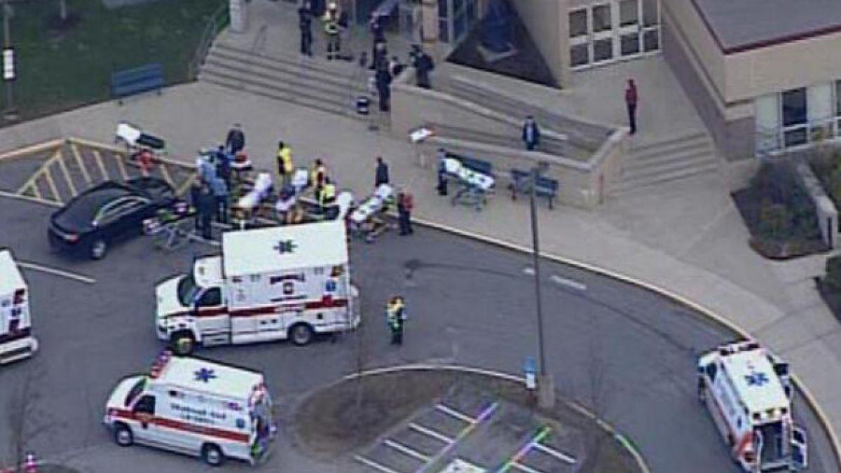 Aumentan heridos tras apuñalamiento múltiple en colegio de EE.UU.