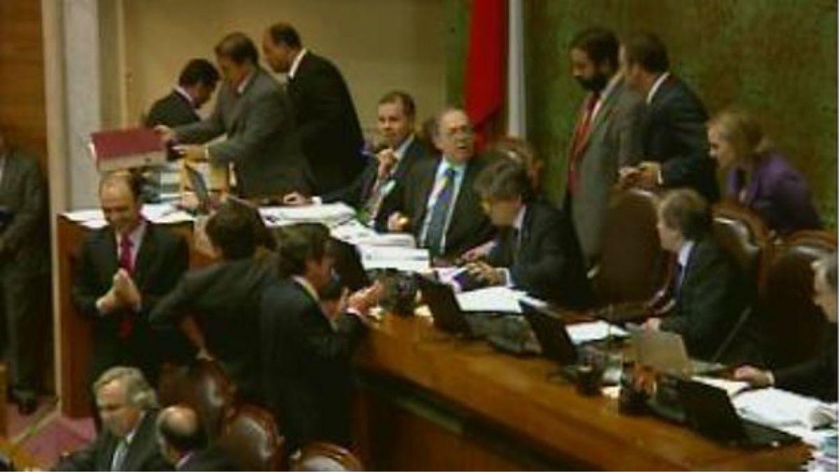 Bancadas PPD y DC critican anuncio de vetos presidenciales para proyecto antidiscriminación