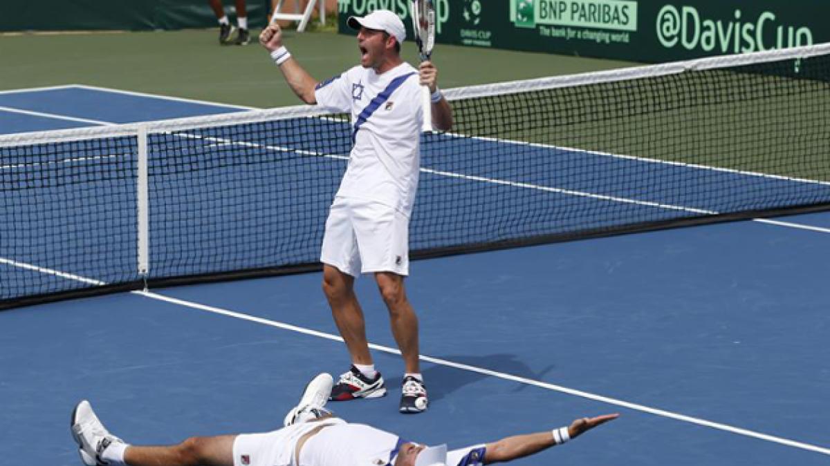 Copa Davis: Israel gana el partido de dobles y complica a Argentina