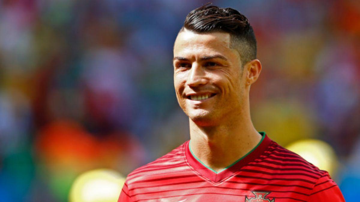 Madre de Cristiano Ronaldo revela que cuando esperaba al futbolista intentó abortar