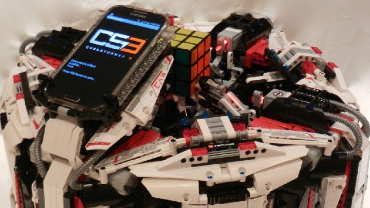 Robot de Lego bate el récord en armar un cubo Rubik
