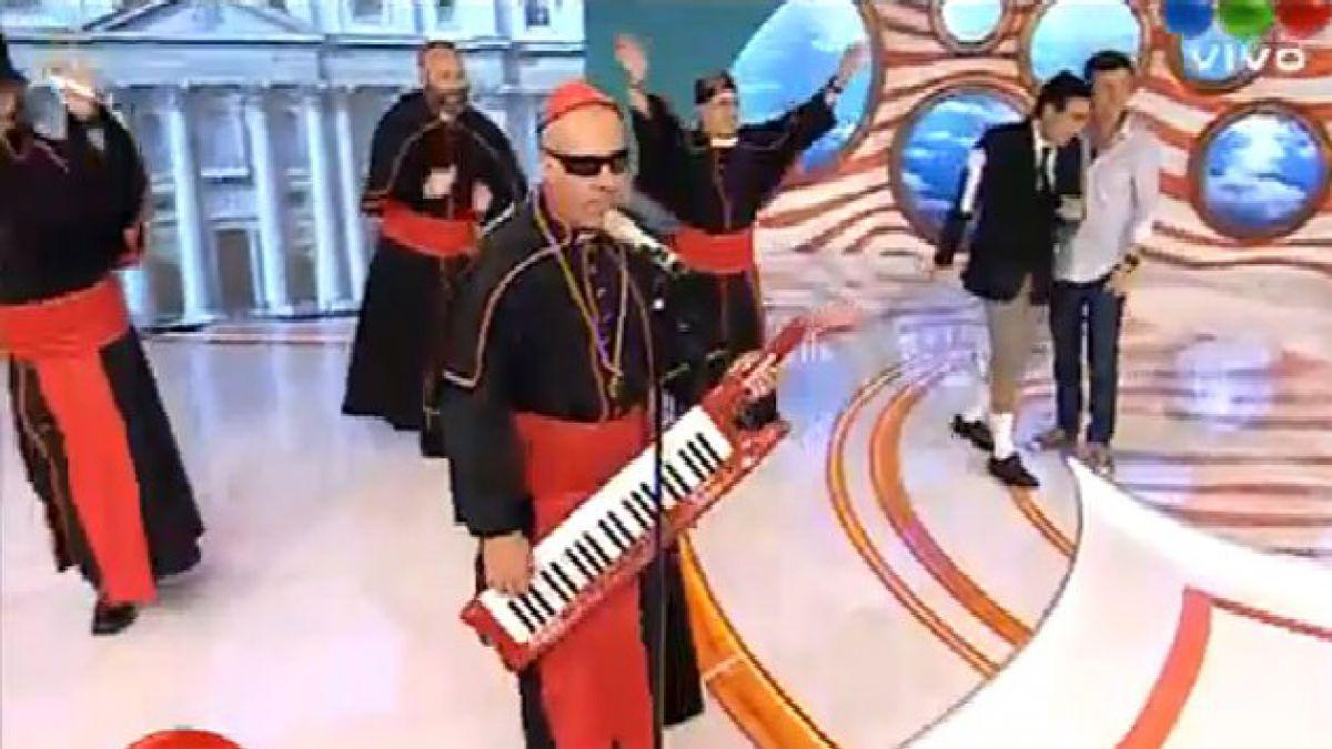 Cumbia Papal es éxito en internet