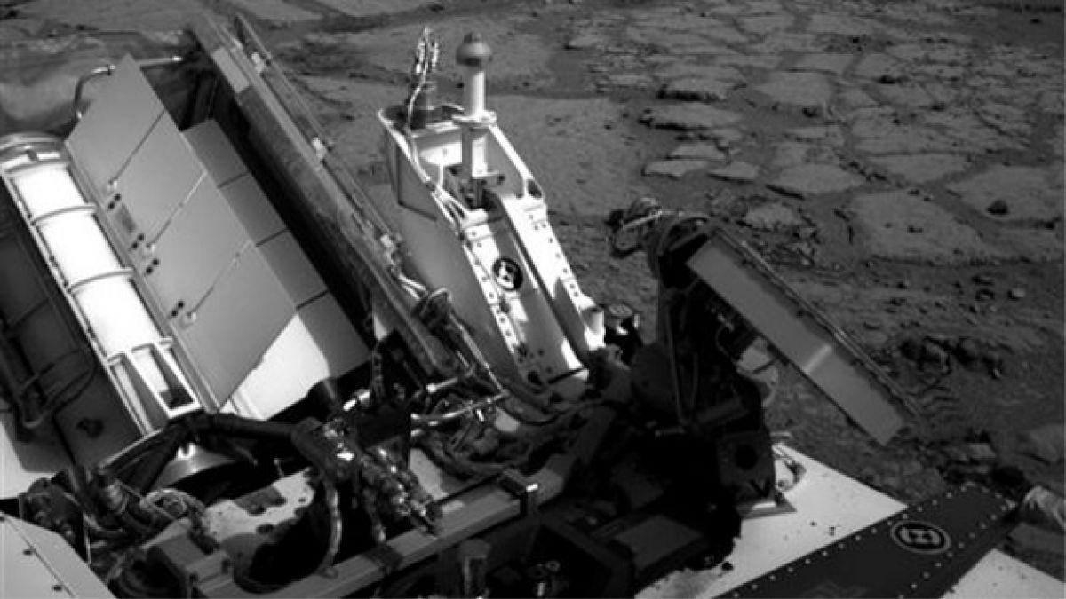 Curiosity viaja a montaña marciana