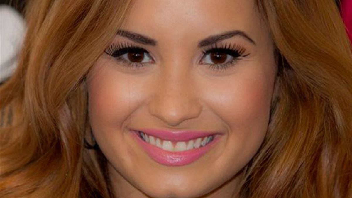 Demi Lovato casi atropella a Paul McCartney