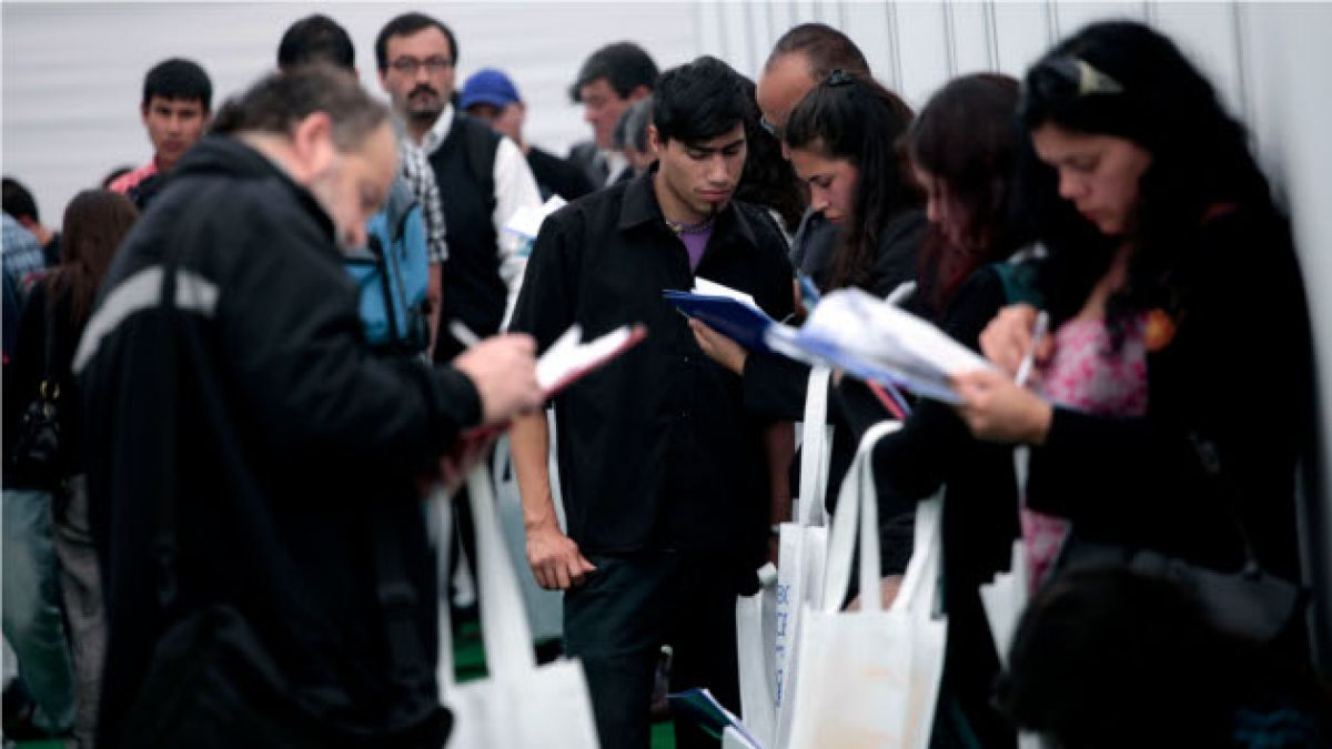 Desempleo sube a 6,2% y se ubica dentro de lo esperado