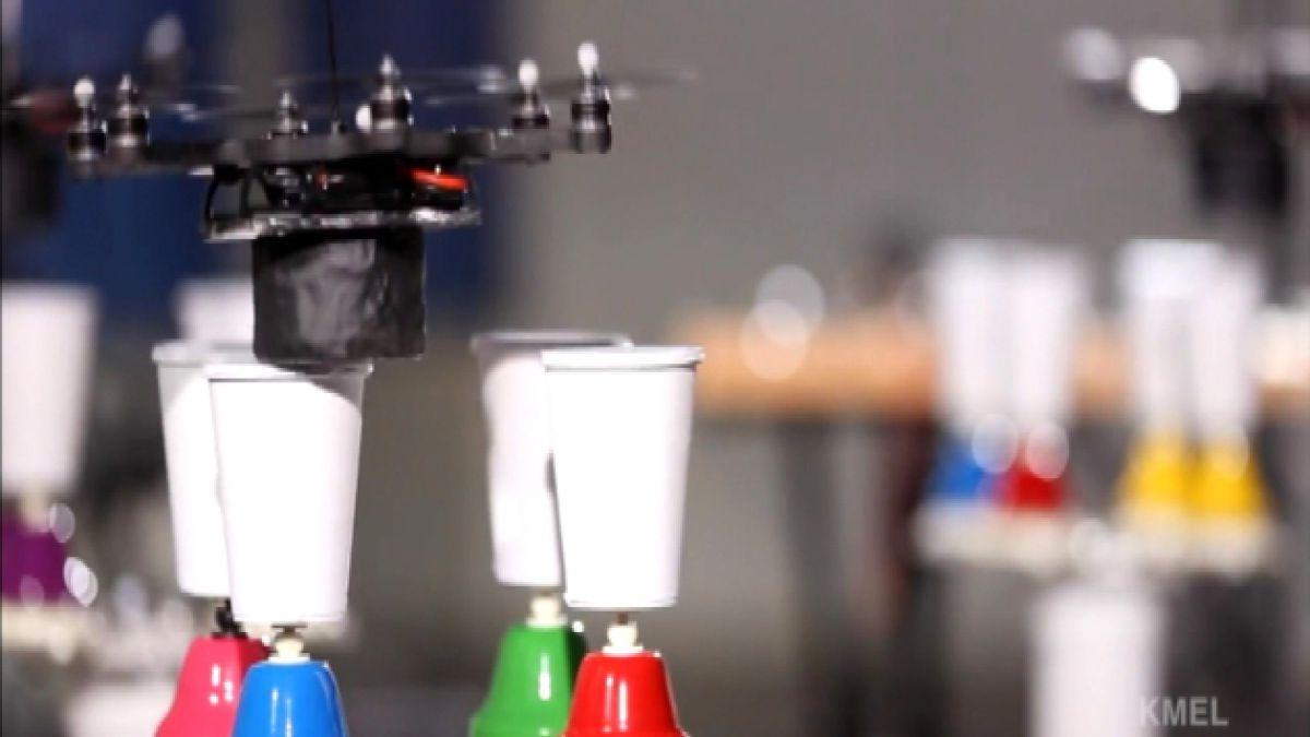 VIDEO: Drones con dotes artísticos debutan en la Internet
