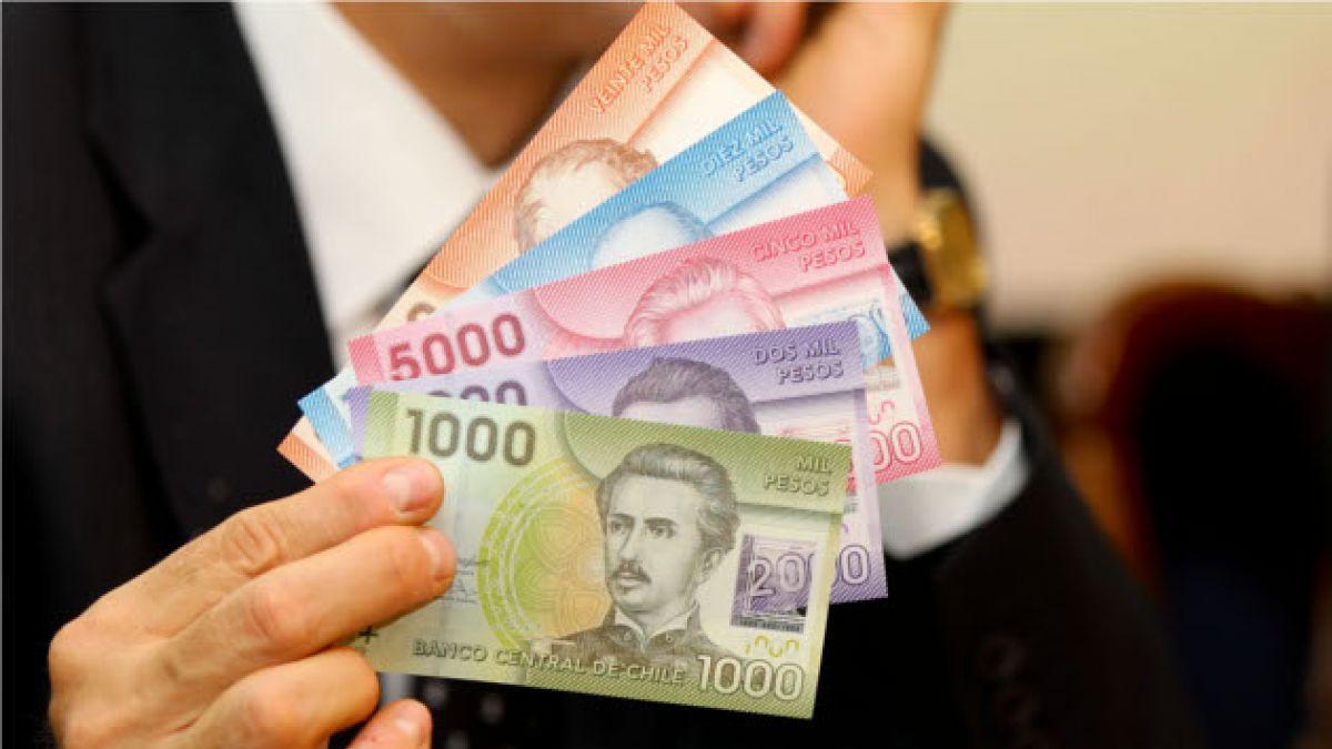 FMI proyecta que economía chilena crecerá 4,9% este año