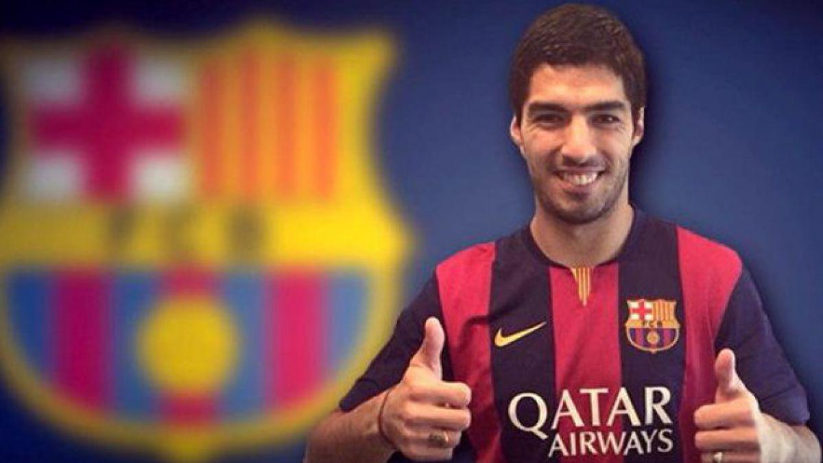 Luis Suárez firmó contrato con Barcelona en ceremonia sin fotografías