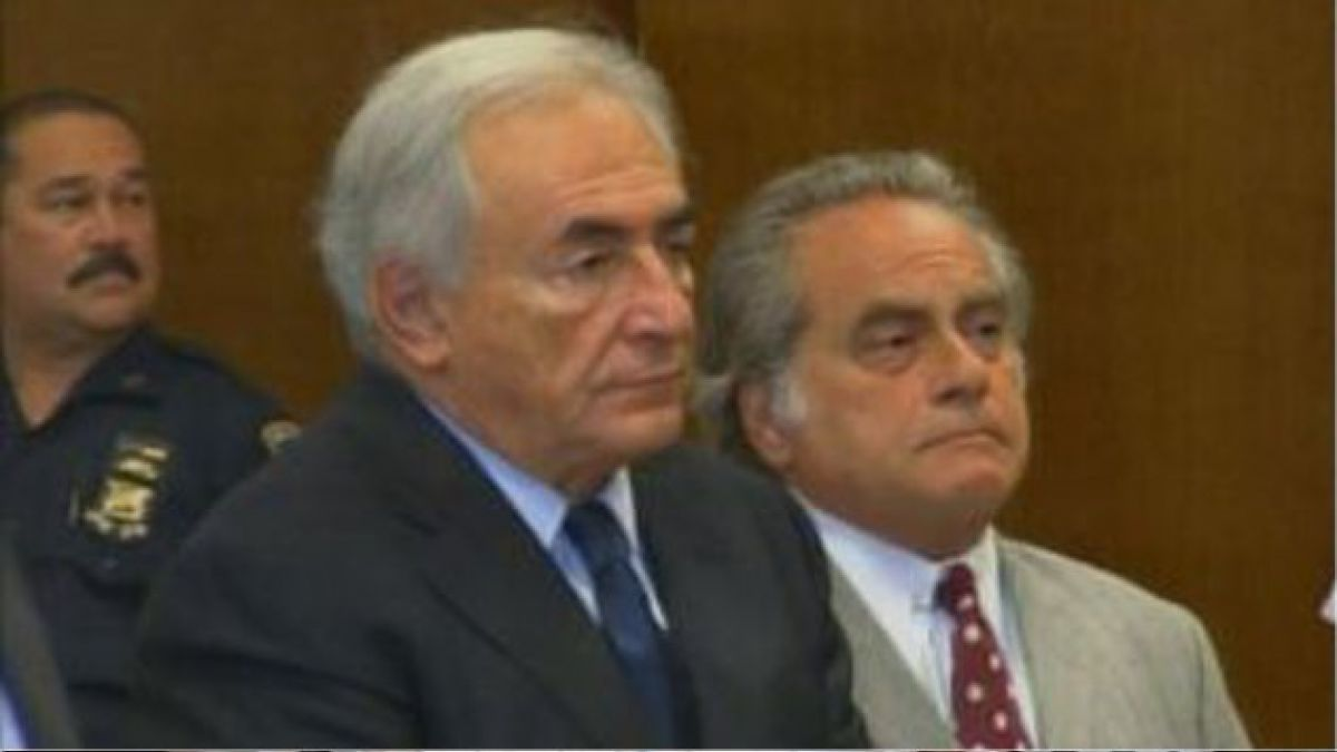 Vanity Fair entregará detalles de las polémicas fiestas de Strauss Kahn