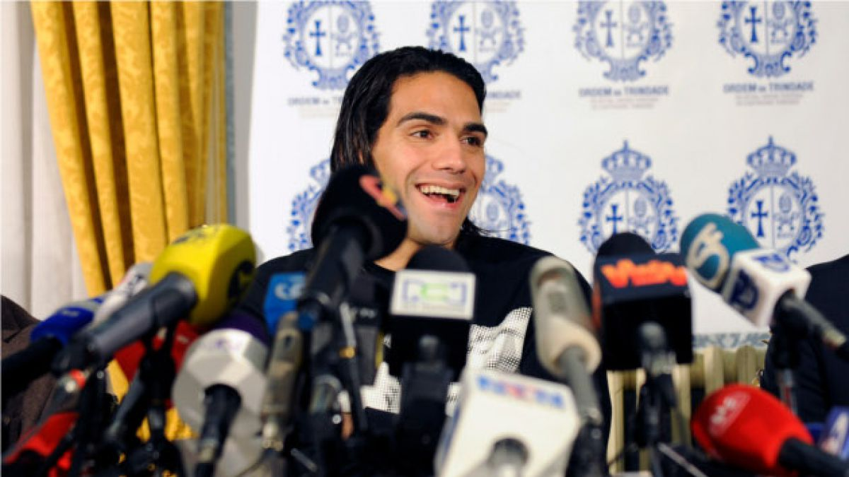 Así se recupera el delantero colombiano Radamel Falcao