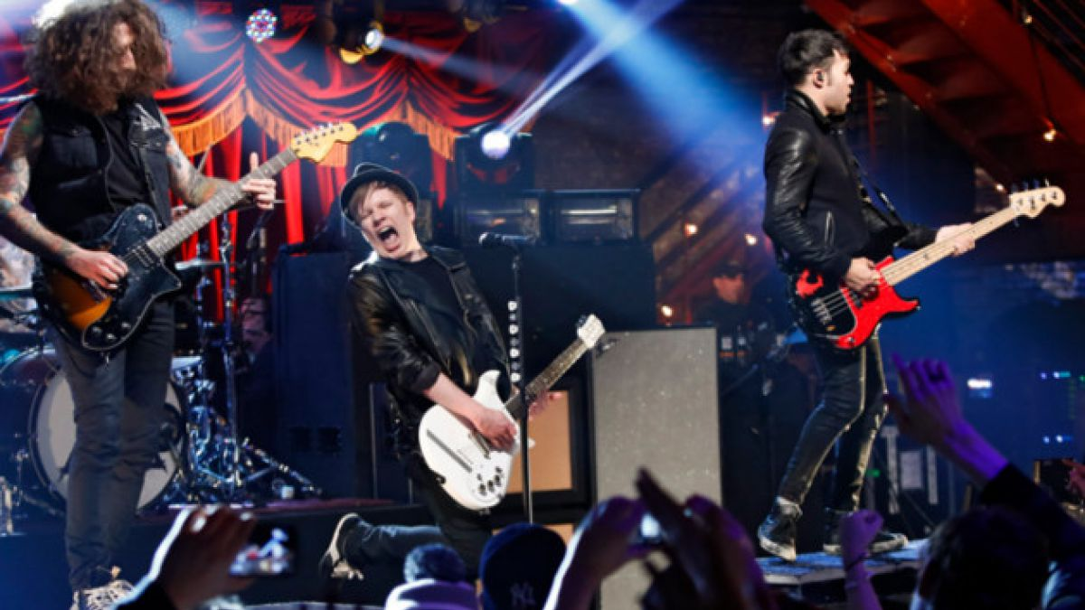 Cambian recinto del concierto de Fall Out Boy en Chile