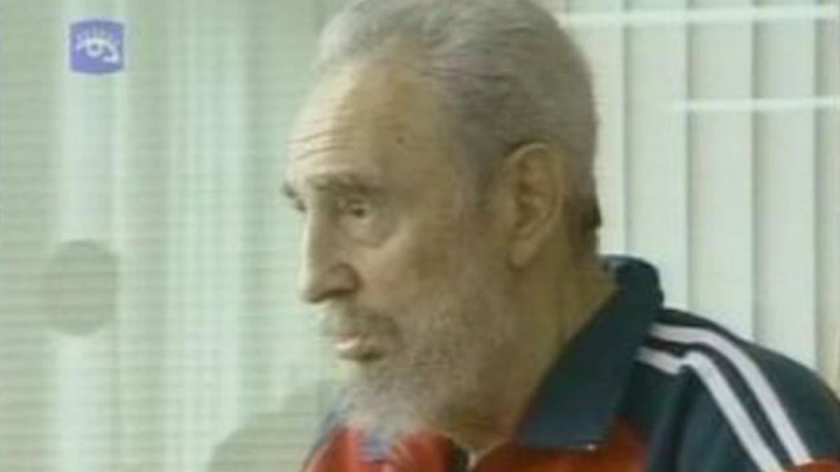 Publicación de Fidel Castro contrasta dudas sobre su salud