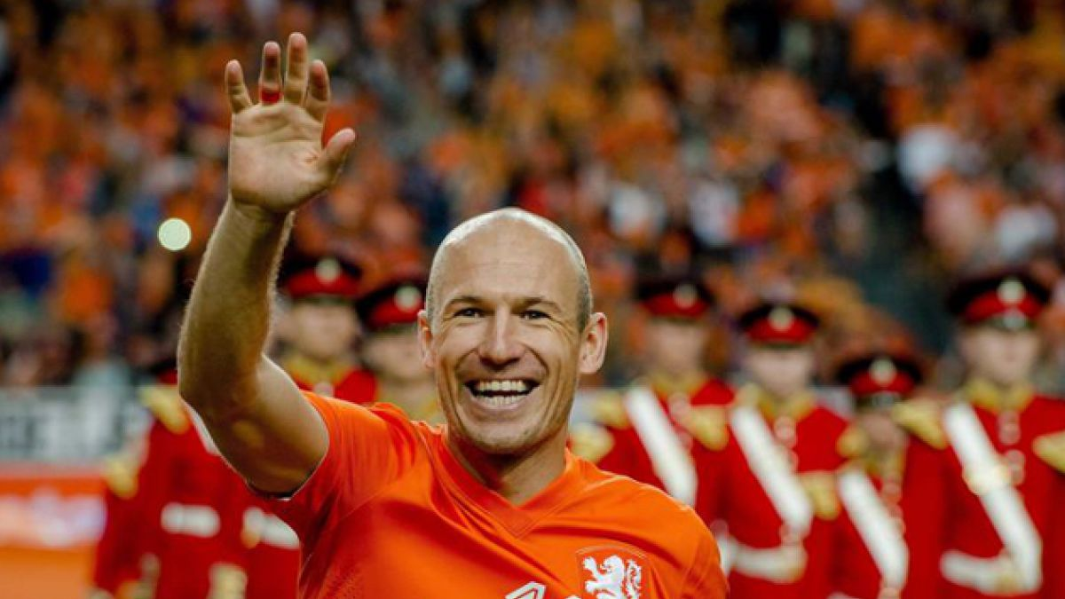 """Robben sobre Chile: """"Tiene un equipo muy fuerte y jugadores realmente buenos"""""""