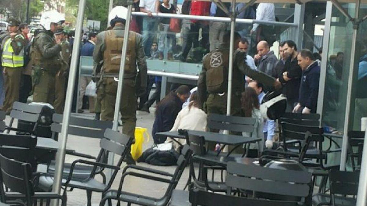 Persona cayó desde varios metros de altura en Costanera Center