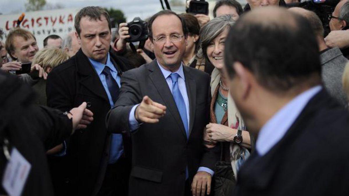 Encuesta: Hollande ganaría las elecciones en Francia con 54% de los votos