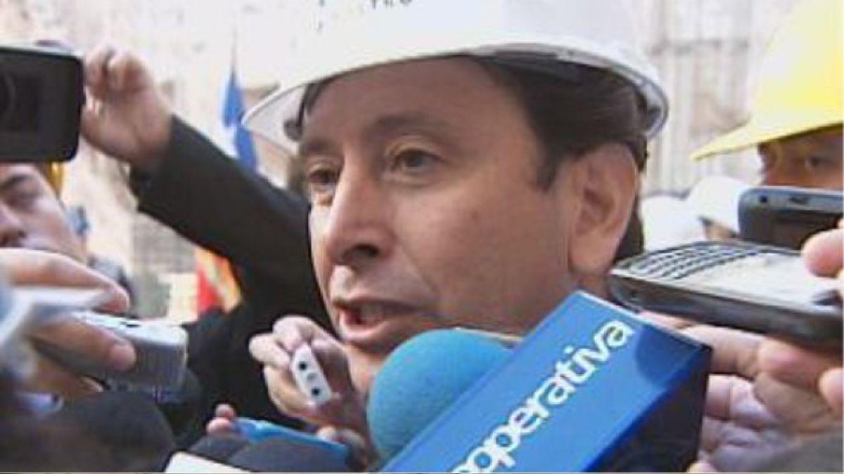 Gobierno descarta enviar a ministro Golborne para afrontar crisis en Aysén