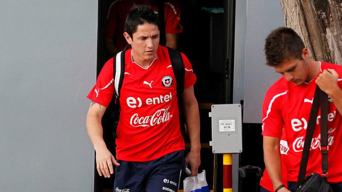 Gustavo Canales recibe sólo una multa económica y jugará el superclásico