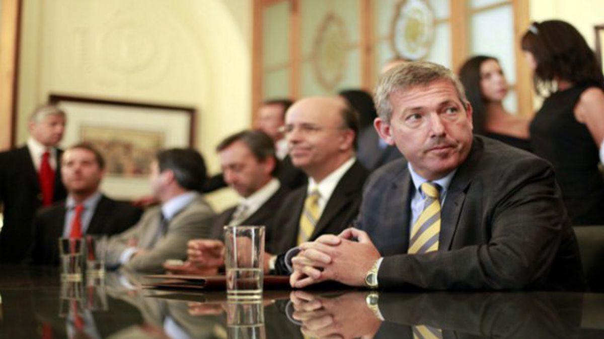 Carlos Heller se consolida como máximo accionista de Azul Azul