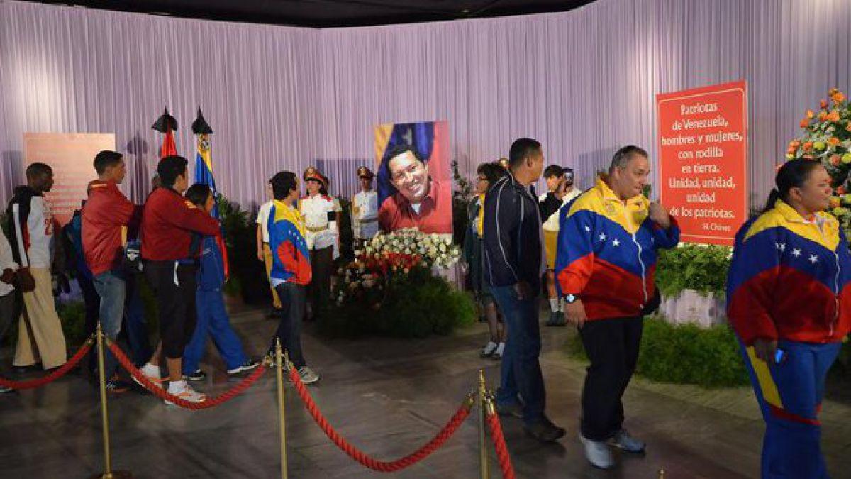 Cuba rinde especial homenaje a Hugo Chávez