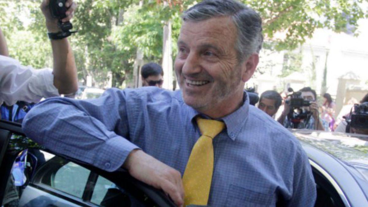 Renovación Nacional revisará militancia del senador Horvath