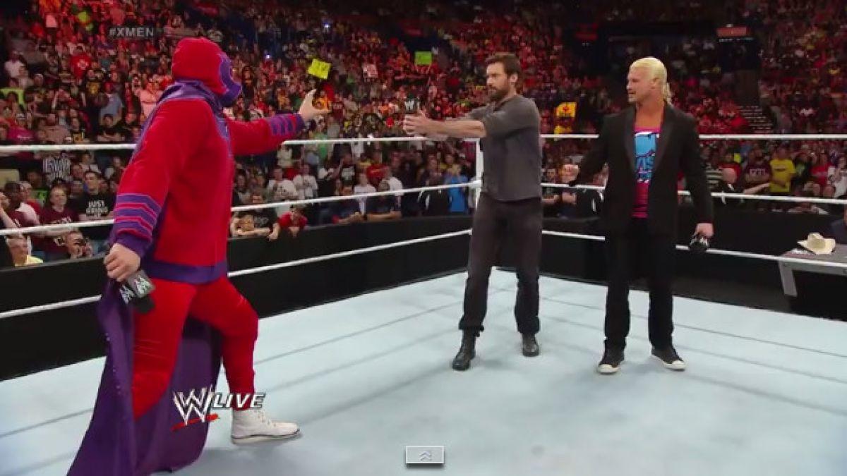 [VIDEO] Hugh Jackman aparece en la WWE Raw para promocionar película
