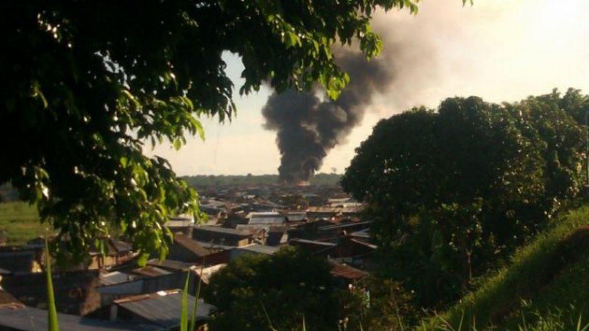 Gigantesco incendio arrasa con 150 casas en Perú