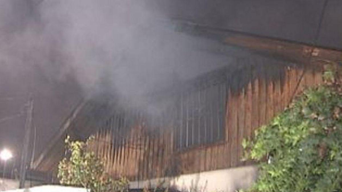 Incendio deja 30 damnificados en comuna de San Ramón