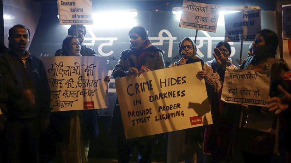 Consejo tribal ordena violación masiva a joven en India