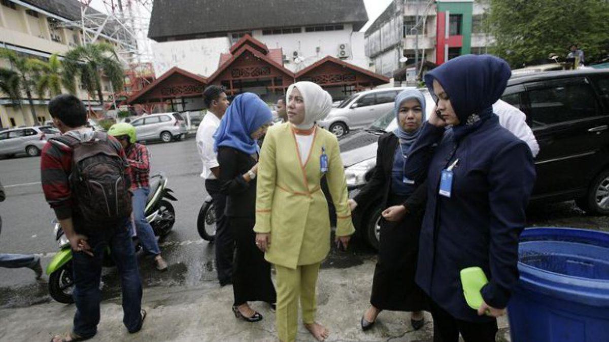 Al menos tres muertos en terremoto en Indonesia